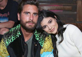 Kylie Jenner bringt Scott Disick zu Nylons junger Hollywood-Party