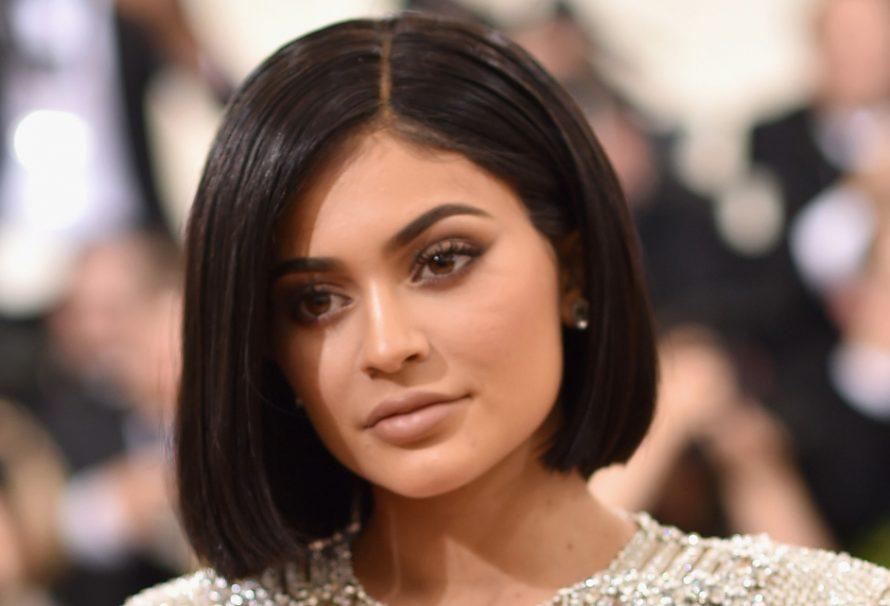 Kylie Jenners Met Gala 2016 Dress machte sie bluten